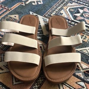 Three strap sandal slide